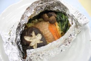 野菜とサケのホイル焼き