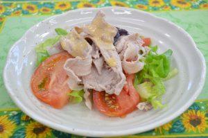 ゆで豚と野菜のごまソース