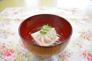 白魚と豆腐のおすまし