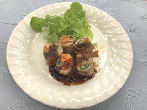 野菜の豚ロール ピリ辛ソース