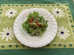 キウイフルーツのサラダ