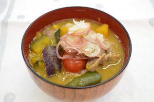 夏野菜の豚汁(1人分:173kcal)